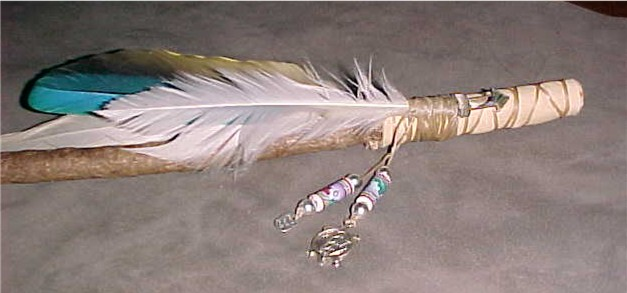 Native American Talking Stick Craft http://walkingcroworiginals.com/